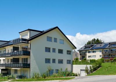 L'atelier Chiché Architectes a construit Grand Chemin 51-57 deux bâtiments de 10 appartements. Une architecture classique, à Epalinges.